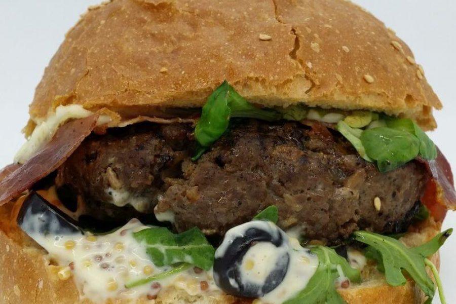 Burger włoski zamówiony z Pizza & Burger Factory Wrocław